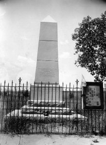 Picture of the 1905 Beecher's Monument