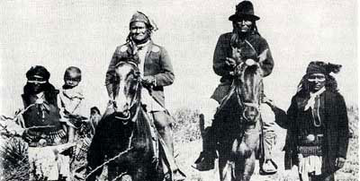 Picture of Geronimo and Naiche Surrendering for a second time